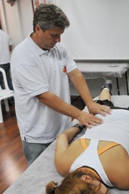 גבעון פלד מומחה להפגת כאב בפלד סילבר טראפי בע